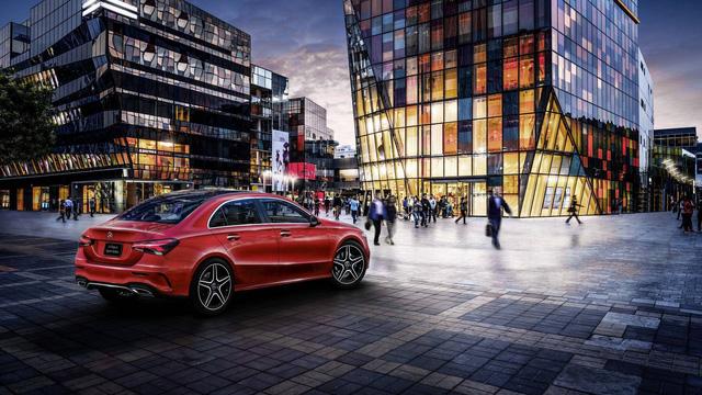 Mercedes-Benz A-Class sedan chính thức lộ diện - Ảnh 2.