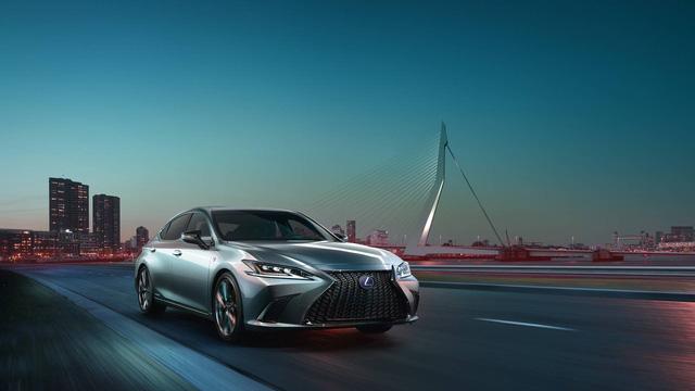 Ra mắt Lexus ES 2019 - Đối trọng mới của Mercedes-Benz E-Class - Ảnh 4.