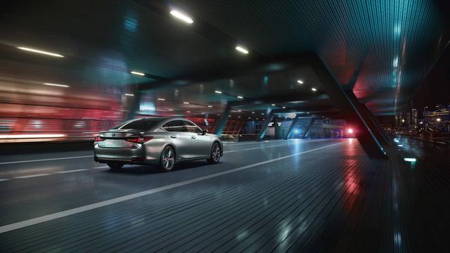 Ra mắt Lexus ES 2019 - Đối trọng mới của Mercedes-Benz E-Class - Ảnh 2.