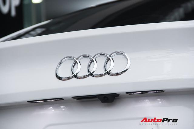 Chạy chưa hết roda, chủ nhân Audi A5 Sportback 2017 lỗ hơn 400 triệu khi bán lại - Ảnh 13.