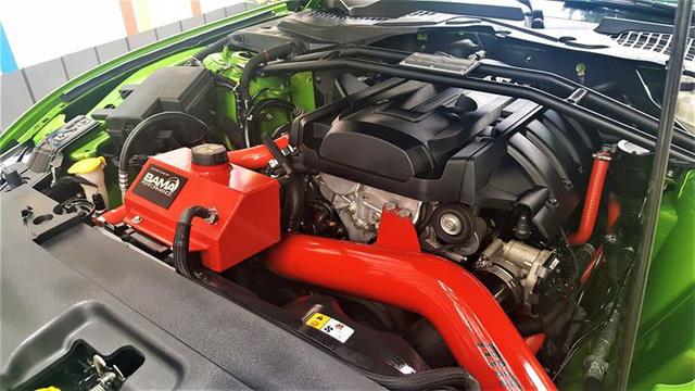 Ford Mustang mui trần độ khủng được bán lại với giá 2,35 tỷ đồng - Ảnh 9.