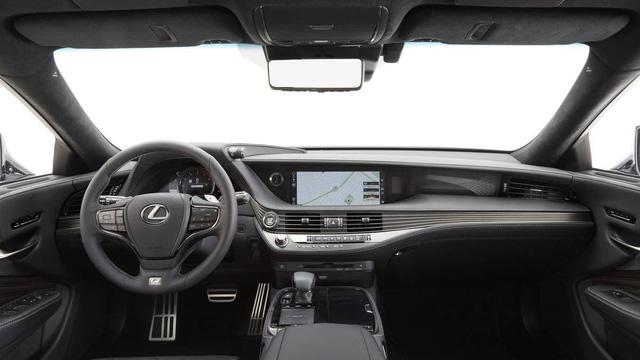 10 mẫu ô tô có nội thất đẹp miễn chê 2018