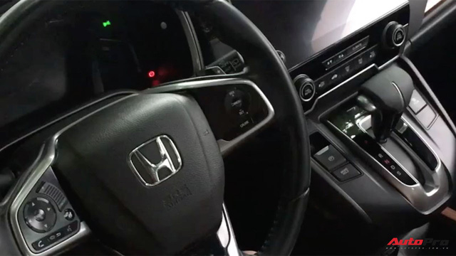 Hướng dẫn kích hoạt phanh đỗ điện tử tự động sau khi tắt máy trên Honda CR-V 2018 - Ảnh 6.