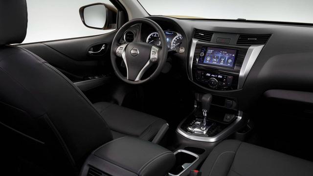 Cạnh tranh Toyota Fortuner, Nissan Terra bắt đầu xuất hiện tại đại lý, chuẩn bị ra mắt chính thức - Ảnh 4.