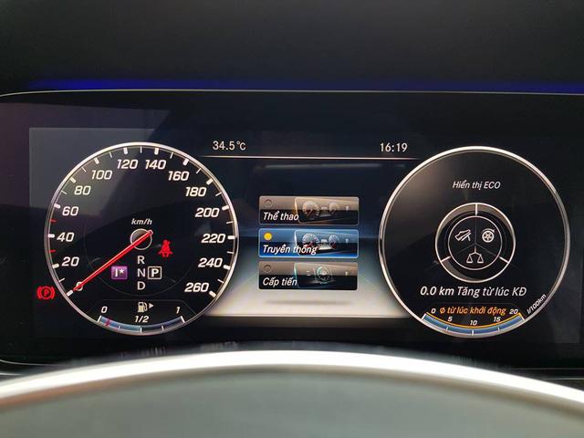 Cập nhật giao diện tiếng Việt cho nhiều mẫu xe Mercedes-Benz - Ảnh 1.