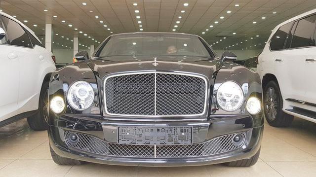 Bentley Mulsanne Speed 2015 nhập lướt có giá 24,5 tỷ đồng tại Việt Nam