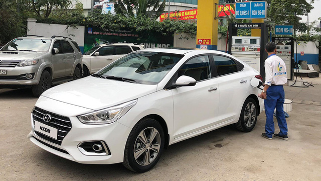 Hyundai Accent 2018 xuất hiện tại Hà Nội, lộ trang bị trước ngày ra mắt