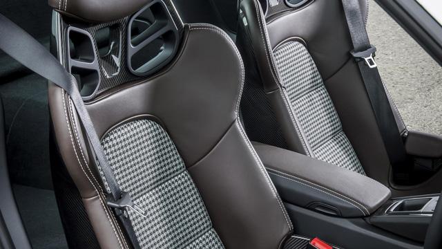 8 bọc ghế tuyệt vời nhất trên ô tô - Ảnh 1.