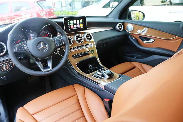 Chi tiết Mercedes-Benz GLC 250 bản nâng cấp giá gần 2 tỷ đồng - Ảnh 7.