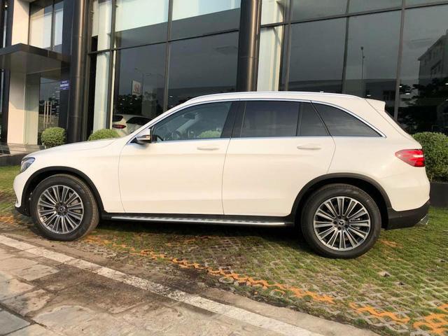 Chi tiết Mercedes-Benz GLC 250 bản nâng cấp giá gần 2 tỷ đồng - Ảnh 3.