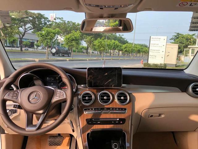 Chi tiết Mercedes-Benz GLC 250 bản nâng cấp giá gần 2 tỷ đồng - Ảnh 6.