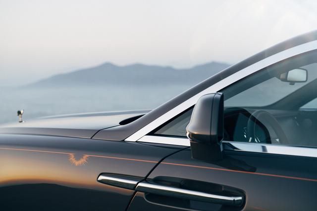 Rolls-Royce Wraith Luminary Collection: Khi bầu trời sao thêm rực sáng - Ảnh 3.