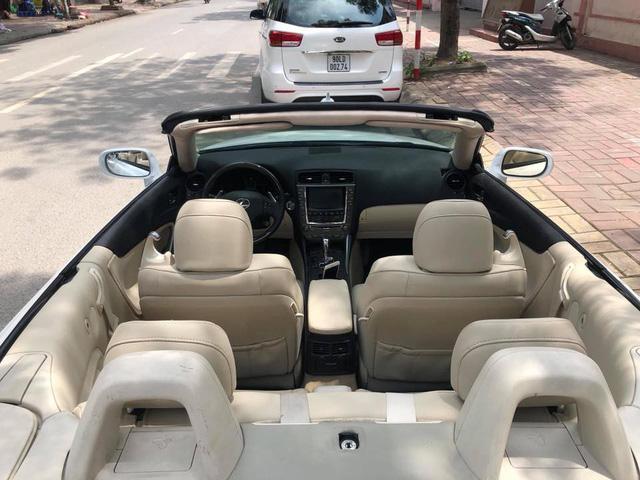 Đi hơn 8 năm, mui trần hạng sang Lexus IS250c mất nửa giá tại Hà Nội - Ảnh 7.