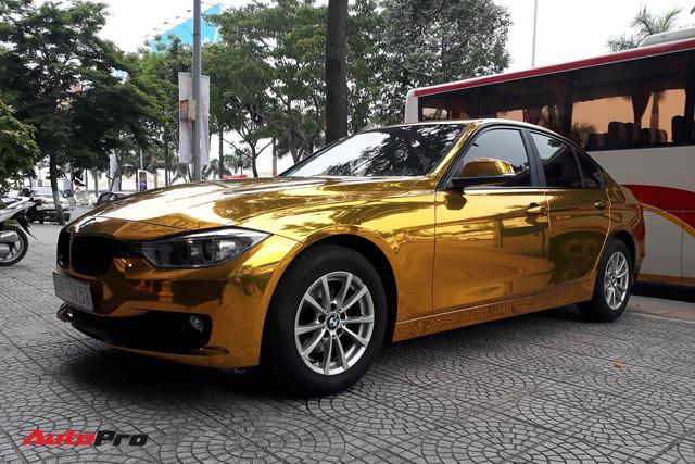 """Kỳ công """"dát vàng"""" phong cách dân chơi UAE cho chiếc BMW của chủ khách sạn tại Đà Nẵng - Ảnh 5."""