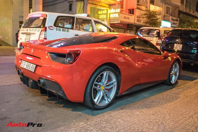 Tuấn Hưng cùng Ferrari 488 GTB bất ngờ xuất hiện tại Sài Gòn - Ảnh 4.