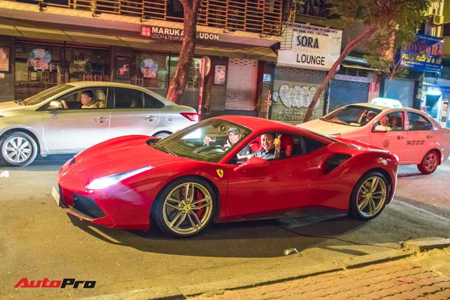 Tuấn Hưng cùng Ferrari 488 GTB bất ngờ xuất hiện tại Sài Gòn - Ảnh 9.
