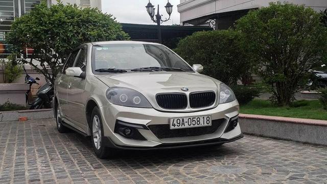 Dân chơi Lâm Đồng độ xe Trung Quốc chục năm tuổi kiểu BMW - Ảnh 3.