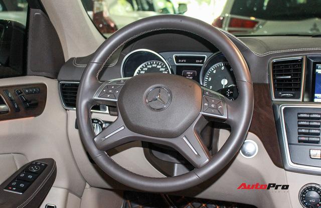Mercedes-Benz GL400 4Matic 2016 lăn bánh 28.000km chào bán giá 3,4 tỷ đồng