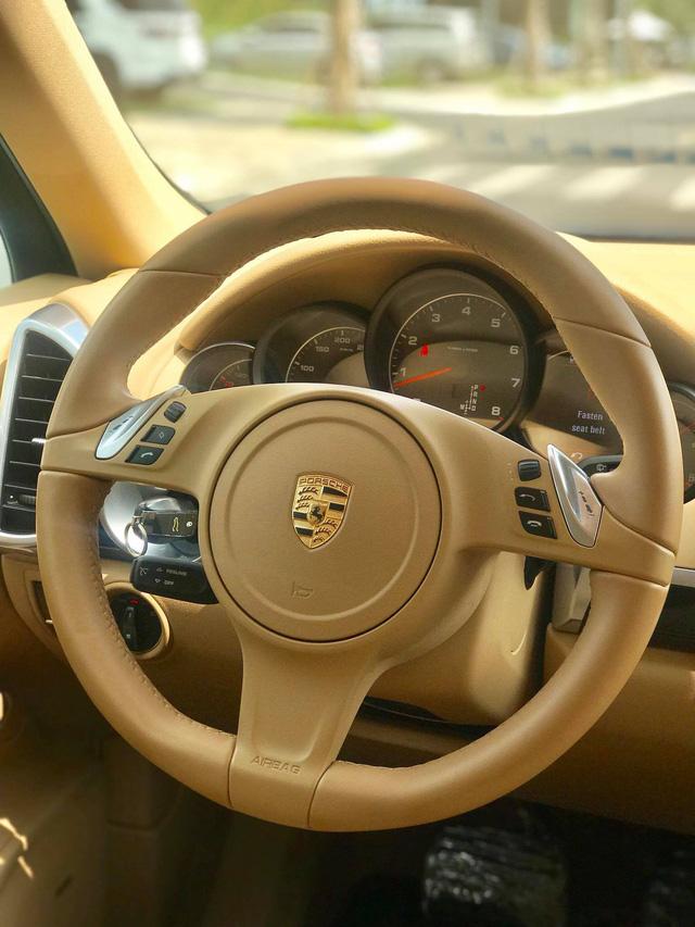 Không thể mua Porsche mới với 2,8 tỷ đồng thì có thể chọn Cayenne 2013 nhiều option và đi hơn 44.000km - ảnh 19