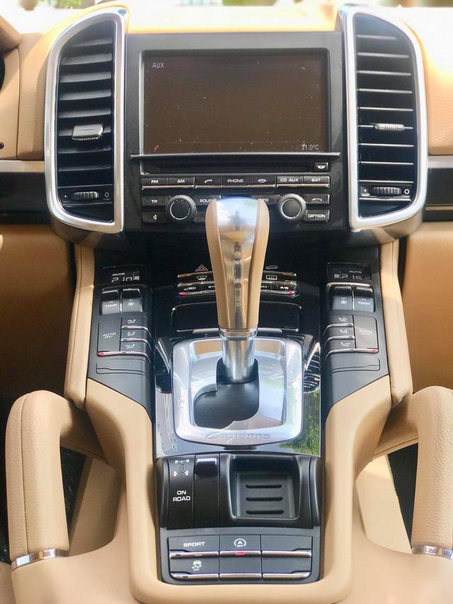 Không thể mua Porsche mới với 2,8 tỷ đồng thì có thể chọn Cayenne 2013 nhiều option và đi hơn 44.000km - ảnh 16