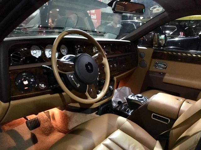 Rolls-Royce Phantom Lửa Thiêng và Maybach 62S của đại gia Hà Nội ngao du tại Huế - Ảnh 7.
