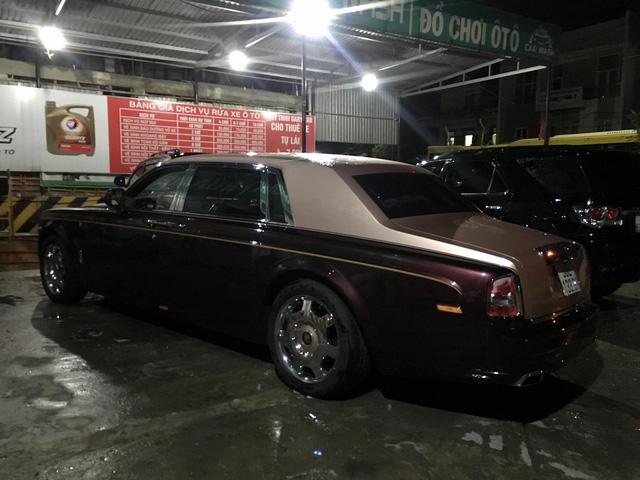 Rolls-Royce Phantom Lửa Thiêng và Maybach 62S của đại gia Hà Nội ngao du tại Huế - Ảnh 2.