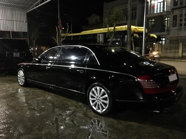 Rolls-Royce Phantom Lửa Thiêng và Maybach 62S của đại gia Hà Nội ngao du tại Huế - Ảnh 11.