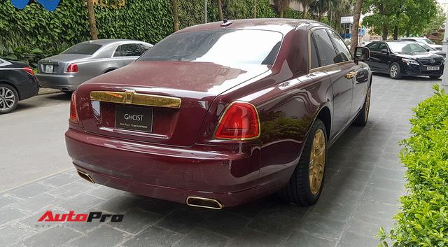 Ông chủ tập đoàn FLC tậu thêm Rolls-Royce Ghost dát vàng khủng nhất Việt Nam - Ảnh 6.