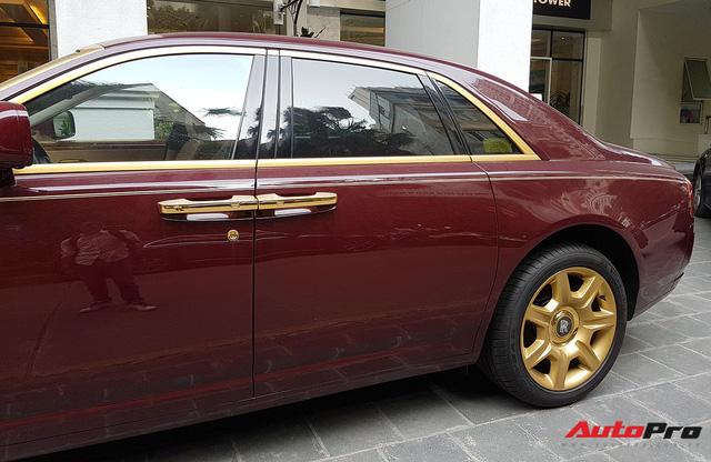 Ông chủ tập đoàn FLC tậu thêm Rolls-Royce Ghost dát vàng khủng nhất Việt Nam - Ảnh 8.