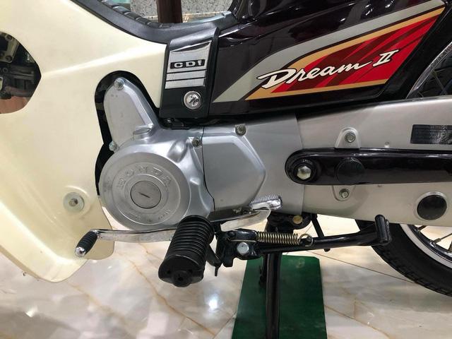 Honda Dream II nhập Thái Lan hơn 1 tỷ đồng: Cái giá dành cho người đam mê? - Ảnh 9.
