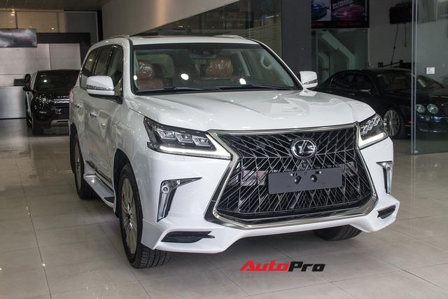 Khám phá chi tiết Lexus LX570 Super Sport 2018 giá gần 10 tỷ đồng tại Việt Nam - Ảnh 1.