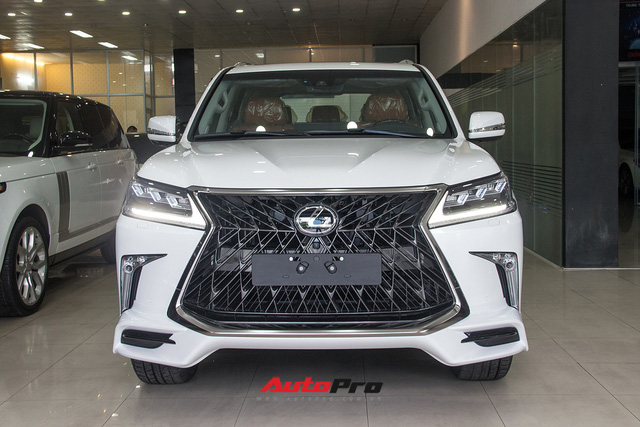 Khám phá chi tiết Lexus LX570 Super Sport 2018 giá gần 10 tỷ đồng tại Việt Nam - Ảnh 3.
