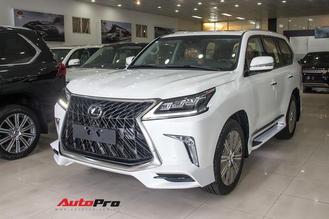 Khám phá chi tiết Lexus LX570 Super Sport 2018 giá gần 10 tỷ đồng tại Việt Nam - Ảnh 2.