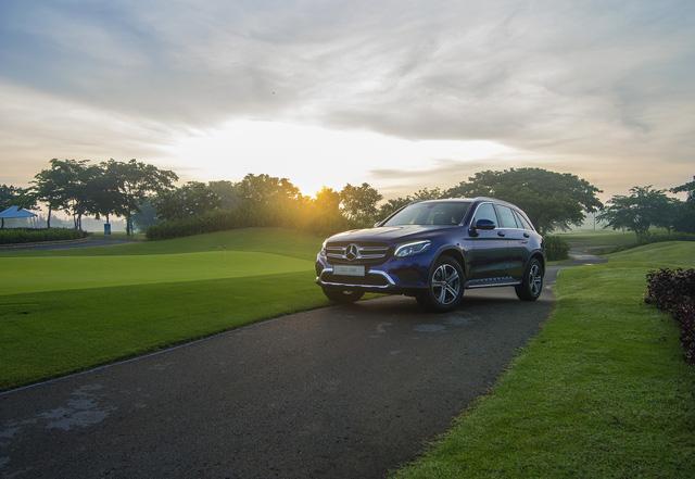 Ra mắt GLC 200 - Bản rẻ nhất trong dòng SUV bán chạy nhất của Mercedes-Benz Việt Nam - Ảnh 3.
