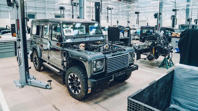 Đây là kho tàng xe cổ bí mật của Jaguar Land Rover - Ảnh 12.