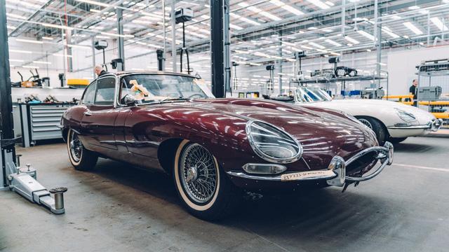 Đây là kho tàng xe cổ bí mật của Jaguar Land Rover - Ảnh 20.