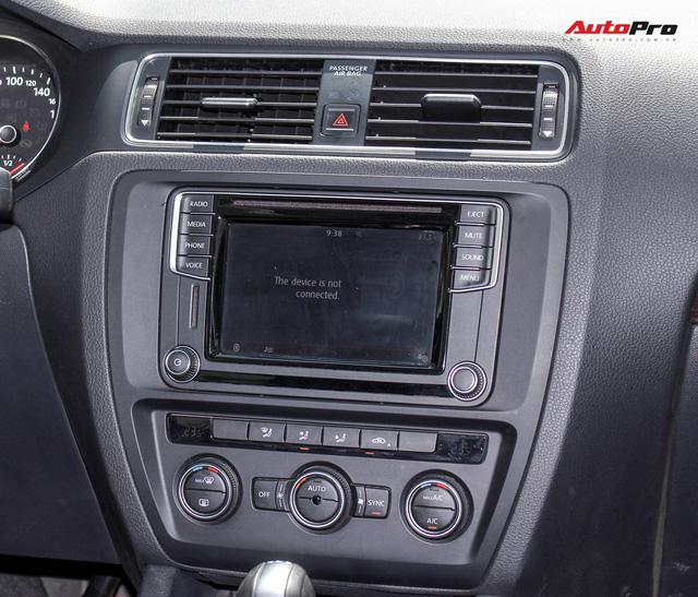 Đánh giá Volkswagen Jetta: Chất Đức đeo bảng giá Toyota Altis - Ảnh 12.