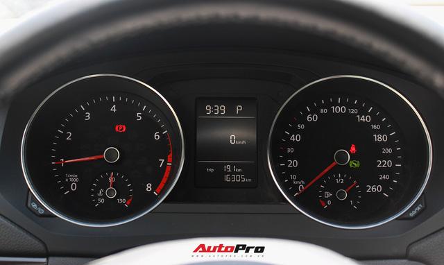 Đánh giá Volkswagen Jetta: Chất Đức đeo bảng giá Toyota Altis - Ảnh 11.