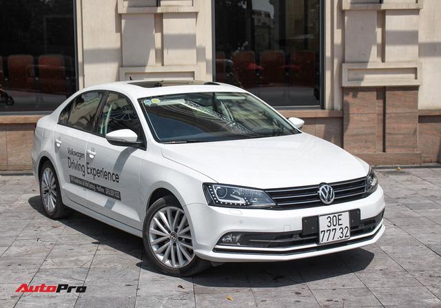Đánh giá Volkswagen Jetta: Chất Đức đeo bảng giá Toyota Altis - Ảnh 3.