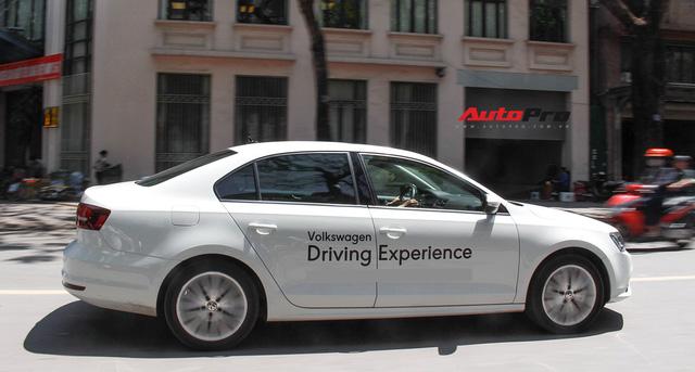 Đánh giá Volkswagen Jetta: Chất Đức đeo bảng giá Toyota Altis - Ảnh 20.
