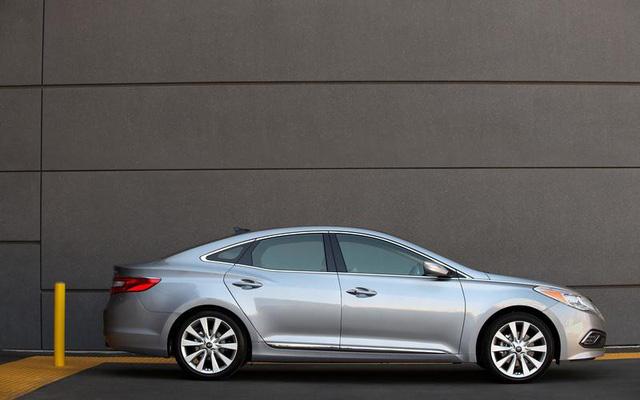Những dòng ô tô bán chạy nhất tại 10 thị trường hàng đầu thế giới - Ảnh 11.