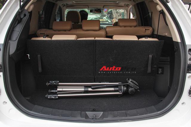 Đánh giá Mitsubishi Outlander: Xe lắp ráp mang chất lượng xe nhập khẩu - Ảnh 10.