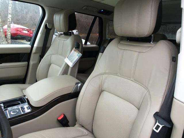 Range Rover HSE 2018 đầu tiên về Việt Nam, giá hơn 8 tỷ đồng - Ảnh 5.