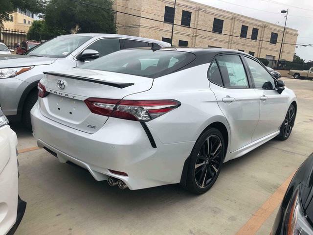 Toyota Camry XSE 2018 bản Mỹ về Việt Nam sẽ có giá dự kiến hơn 2,6 tỷ đồng - Ảnh 3.