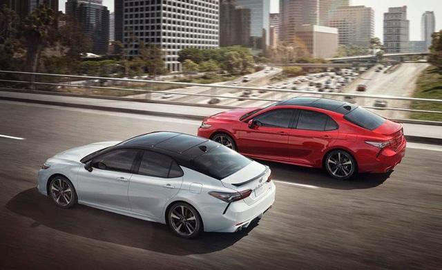 Toyota Camry XSE 2018 bản Mỹ về Việt Nam sẽ có giá dự kiến hơn 2,6 tỷ đồng - Ảnh 9.