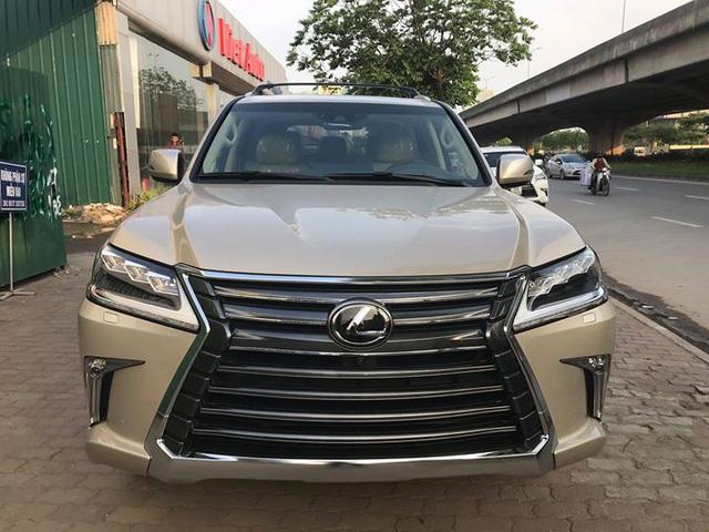 Lexus LX570 2018 bản Mỹ về Việt Nam, giá tăng vọt lên mức gần 9,2 tỷ đồng - Ảnh 2.