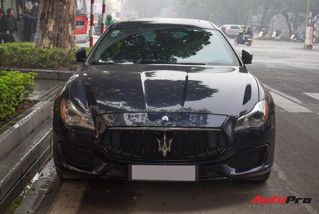 4 mẫu xe sedan hạng sang có tầm giá hơn 10 tỷ đồng tại Việt Nam - Ảnh 9.