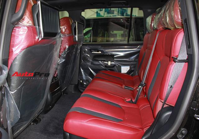 Giá gần 10 tỷ đồng, Lexus LX570 Super Sport vẫn ùn ùn về Việt Nam cho các tay chơi nhà giàu - Ảnh 21.