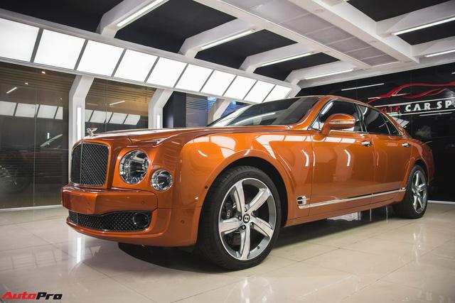 Chiêm ngưỡng Bentley Mulsanne Speed màu cam độc nhất vô nhị tại Việt Nam - Ảnh 1.