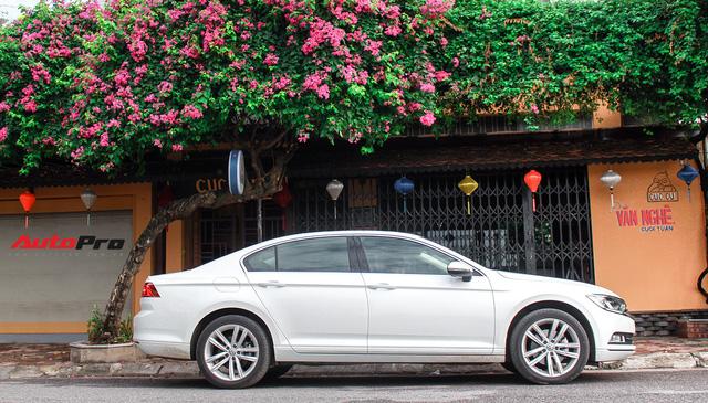 Đánh giá Volkswagen Passat: Lựa chọn khó khăn cho đại gia Việt còn mặn nồng xe Nhật, Hàn - Ảnh 20.